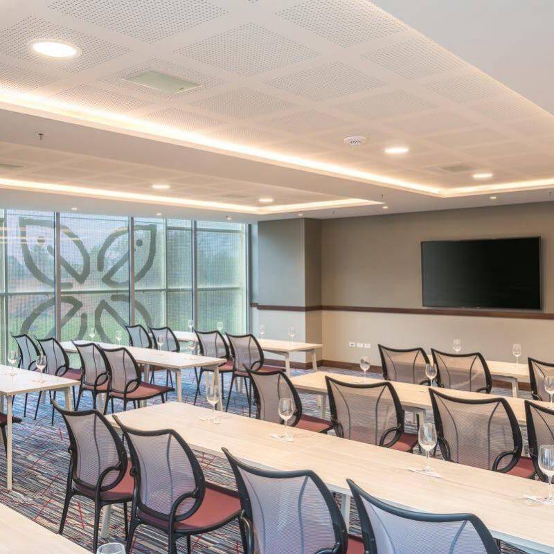 Meeting_Room_6